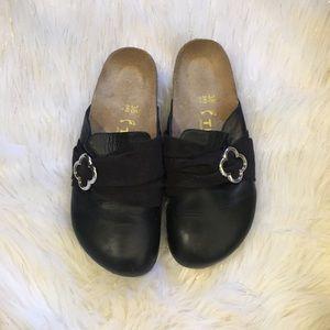 Birkenstock tatami black mules 😍